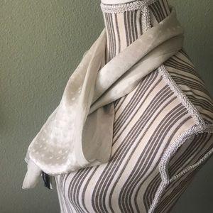Marc Jacobs Accessories - Marc Jacobs 100% Silk (seta)